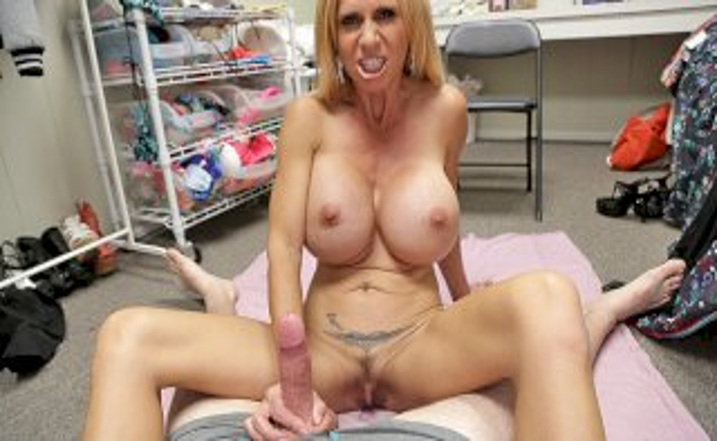 Swab My Knob, BrookeTyler - Over 40 Handjobs